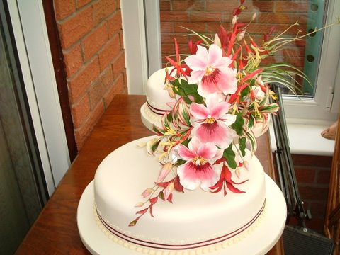 Sugar craft flowers created by Shirley, a Smoky Jo's graduate!