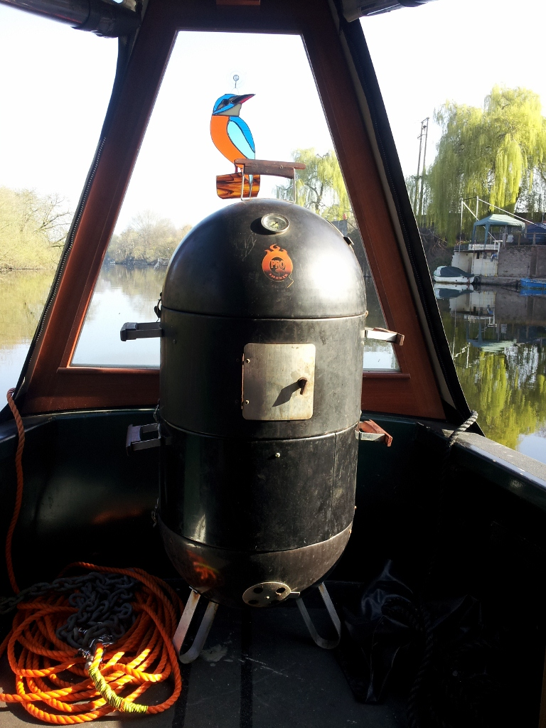 Pro Q water smoker in use on a canal boat